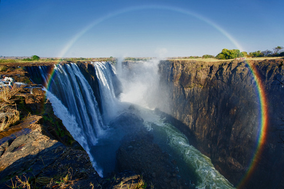 Full circle rainbow over the Victoria falls